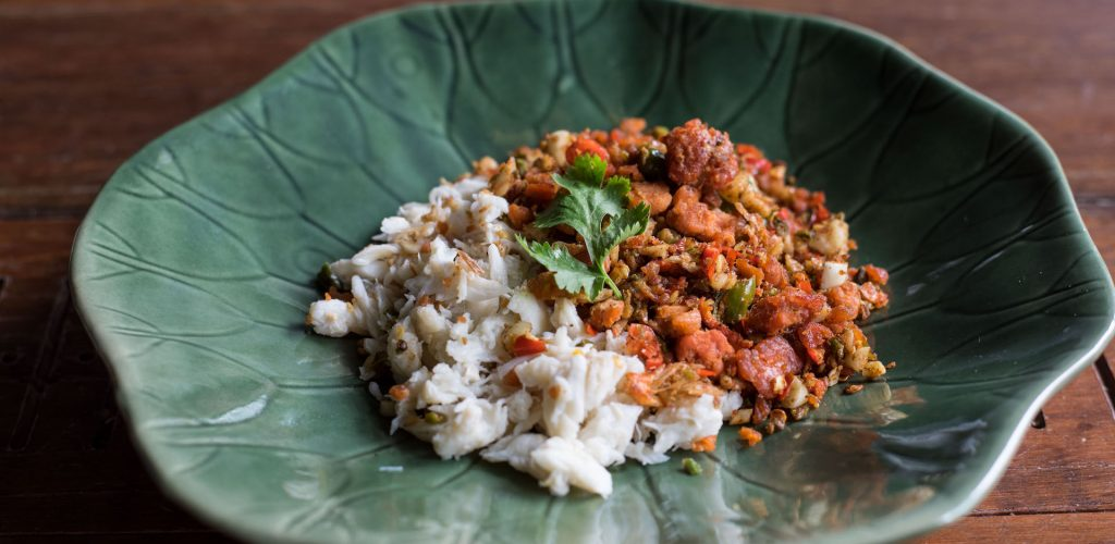 Stir fried crab eggs with salt and chili mix from Khunyai's hometown