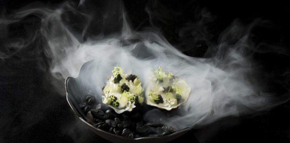 The Allium-David-herve-oyster-sour-cream-fennel-oscietre-caviar